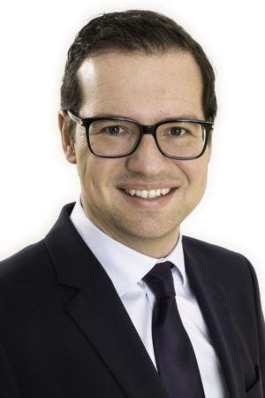 Dr Alexander Tacer